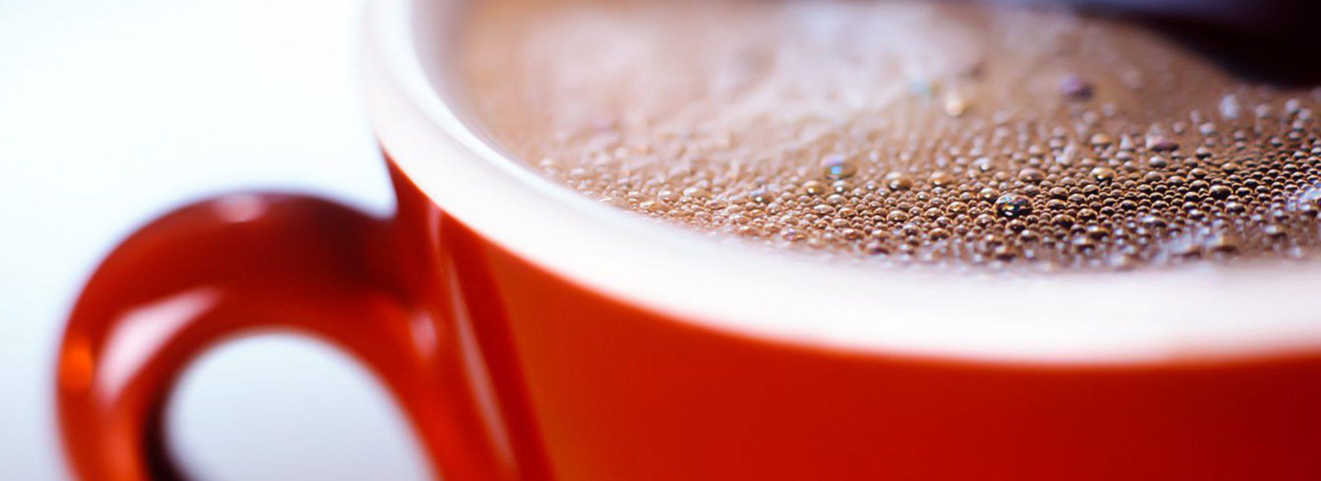 Röd kaffekopp